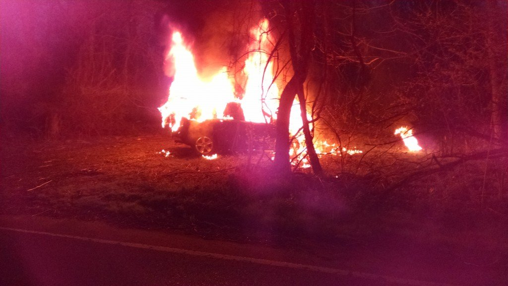Well Involved Vehicle Fire on Caulfield Avenue