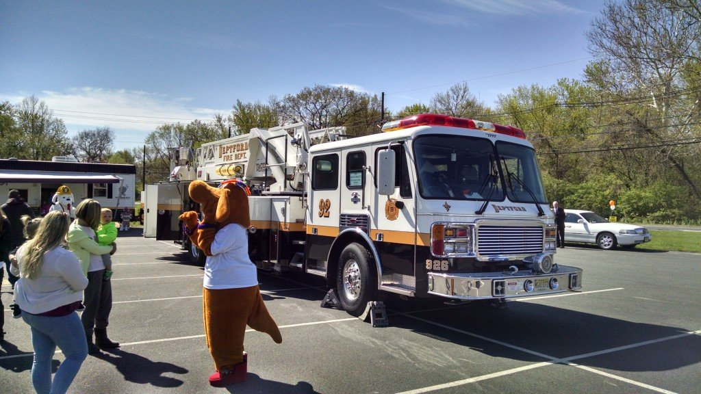Ladder 926 Participates in the Deptford Skating Center Public Event
