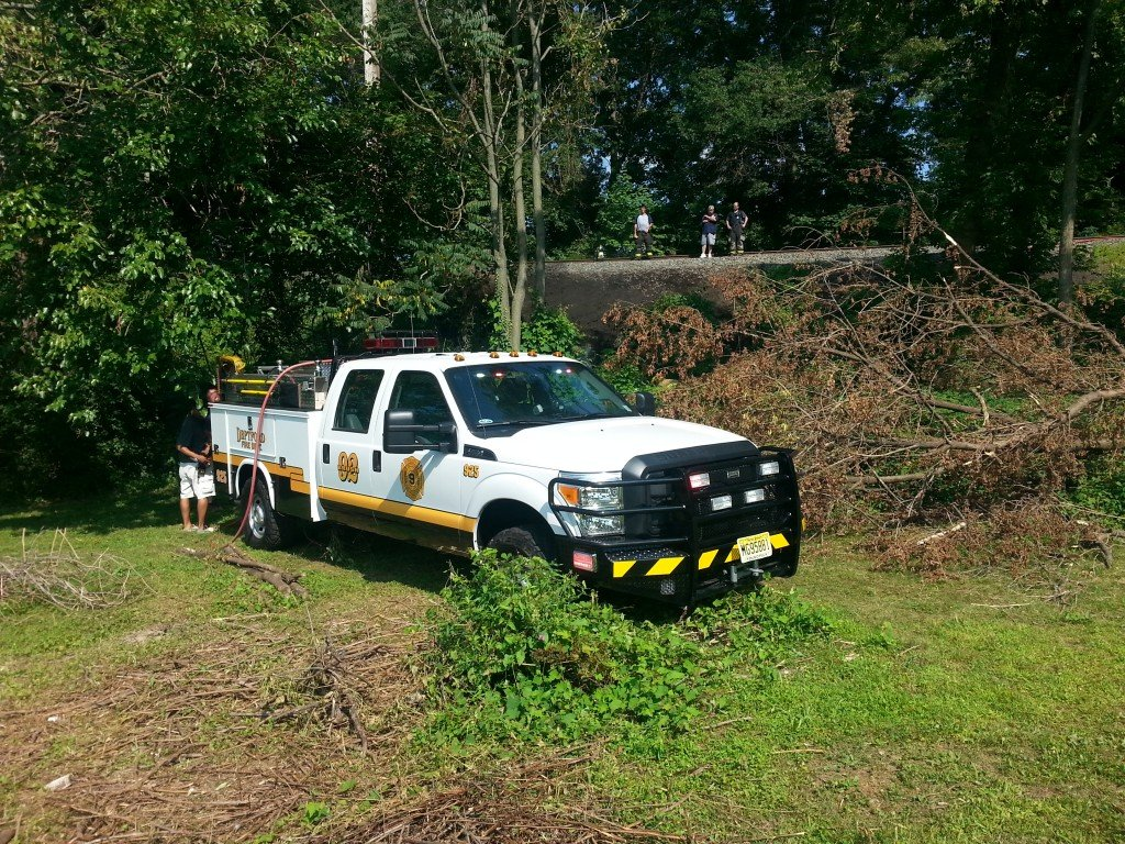 Brush Truck 925 Assists Woodbury FD With Underground Fire on Railroad