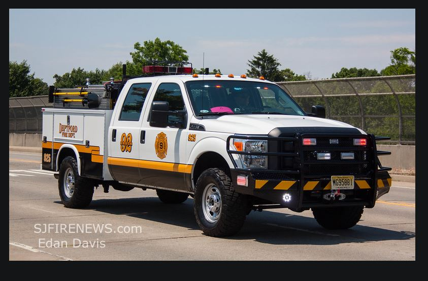 Brush 925 Special Called For Large Brush and Rubbish Fire