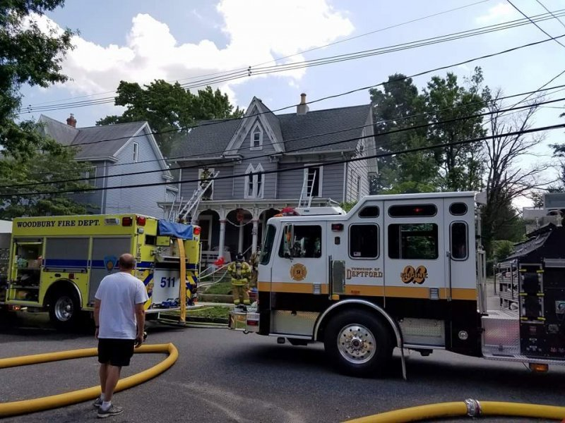 Ladder 926 Responds to All Hands Dwelling In Woodbury