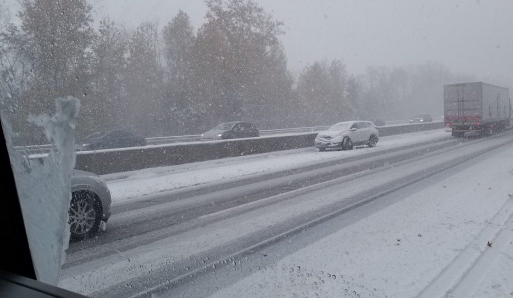 Snow Brings Calls For Service To The New Jersey Turnpike